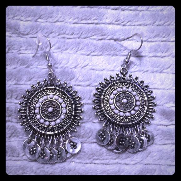 Jewelry - 💜earrings